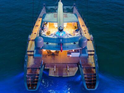 yacht sales broker
