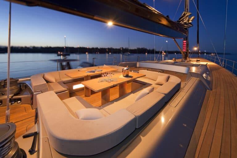 Super Yacht Dark Shadow full deck