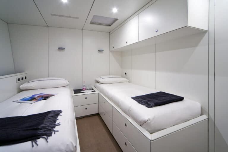Super Yacht Dark Shadow twin cabin