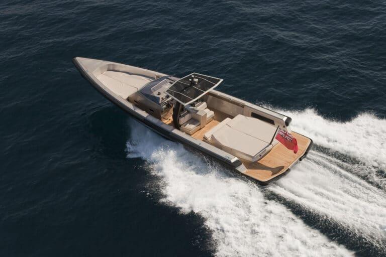 Super Yacht Dark Shadow tender