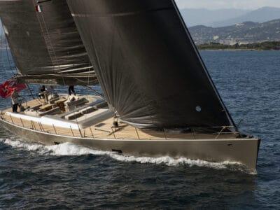 Super Yacht Dark Shadow front profile
