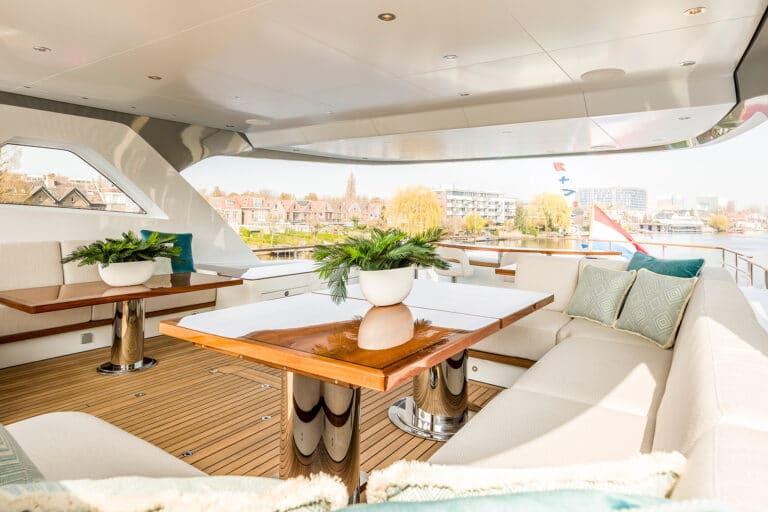 Motor Yacht Calypso Sundeck Seating