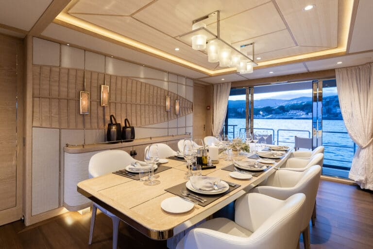 Motor Yacht Calypso Dining Table
