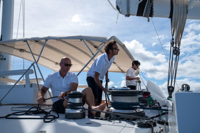 Super yacht DOUCE FRANCE - Experienced Crew