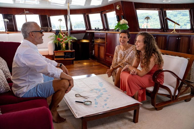 Super yacht DOUCE FRANCE - Guests in Saloon