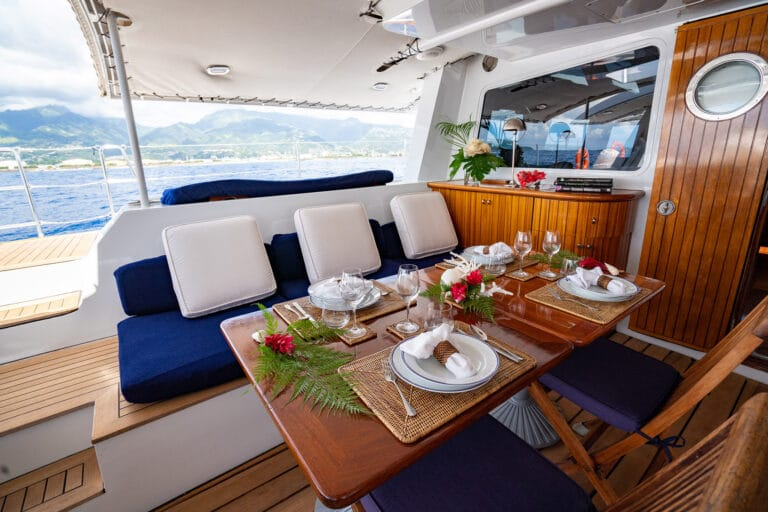 Super yacht DOUCE FRANCE - Dining on deck