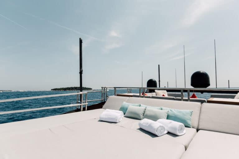 Yacht Bagheera - Sunbathing area