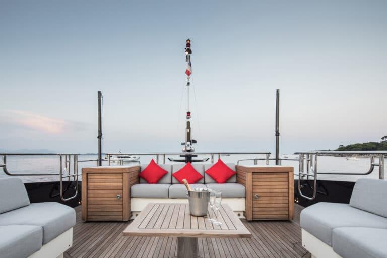 Yacht Bagheera - exterior deck area