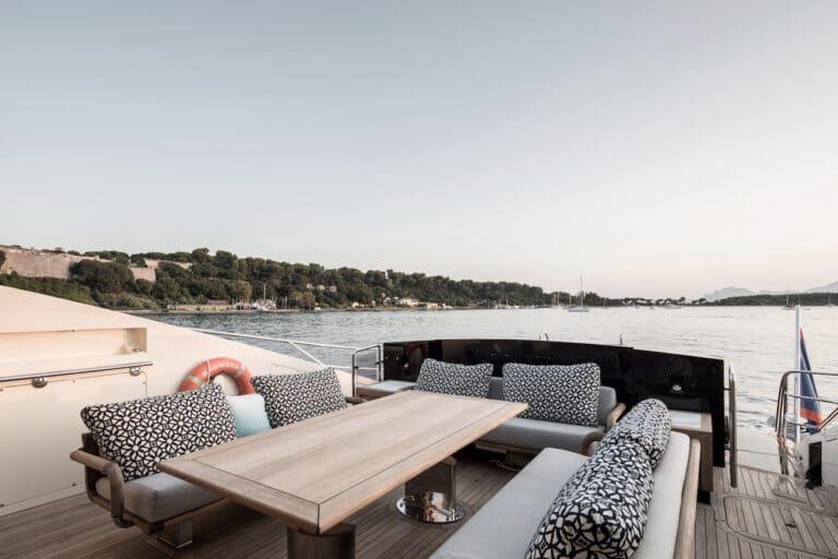 Yacht Bagheera - exterior seating
