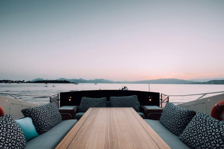Yacht Bagheera - exterior seating2