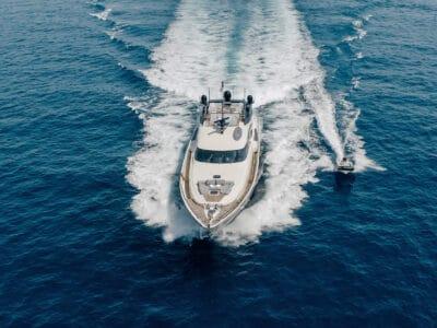 Yacht Bagheera Sailing