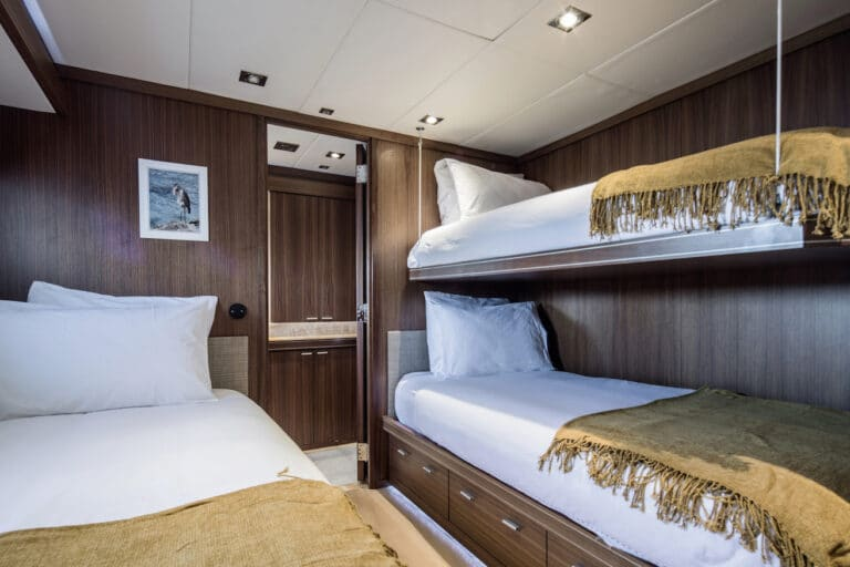Yacht Bagheera - twin cabin with bunk bed