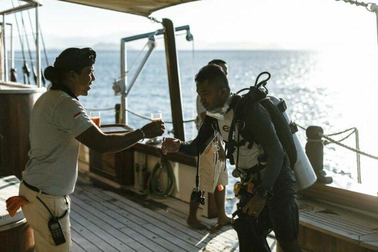 73ace55ea39d829b0b7106c03120a8ff.ultimate-yachts-indonesia-Mutiarat-Laut18