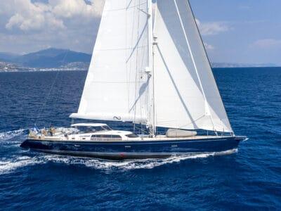 Luxury sailing yacht LADY 8 - main