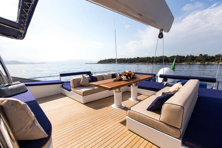 Luxury Catamaran HUTIANE Fly bridge overview