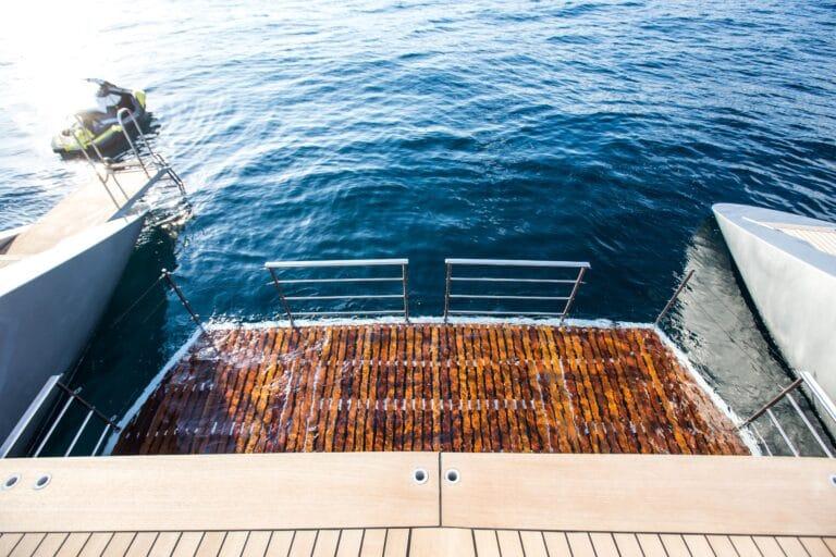Luxury Catamaran HUTIANE Swimming platform