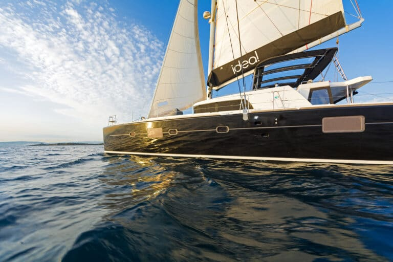 Luxury Sailing Catamaran IDEA! - Bow