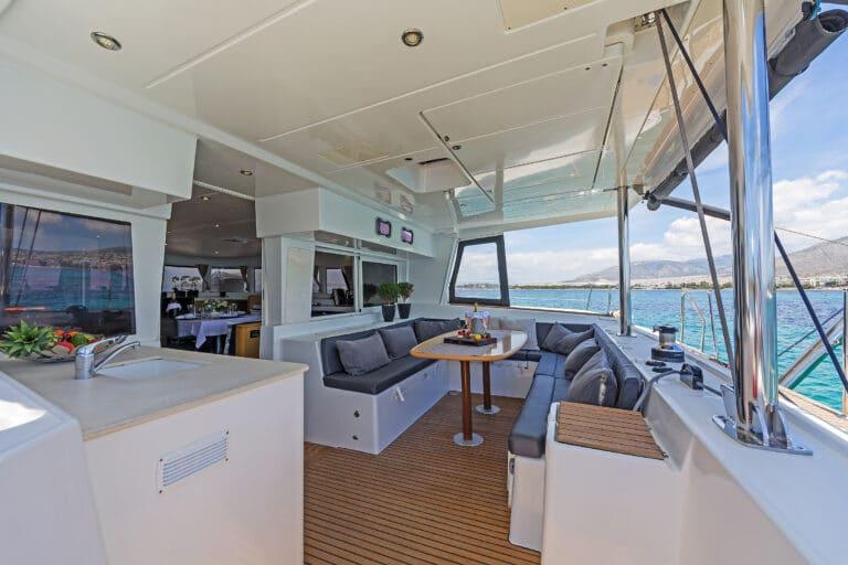 Luxury Sailing Catamaran IDEA! - Al fresco dining