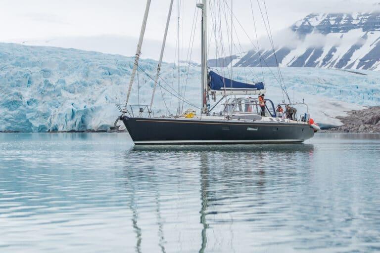 Luxury yacht LEATSA - Arctic