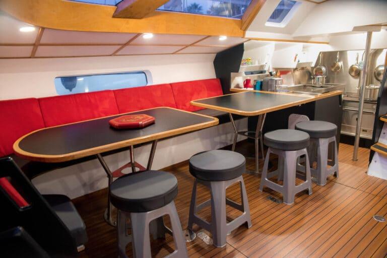 Luxury yacht LEATSA - Dining space