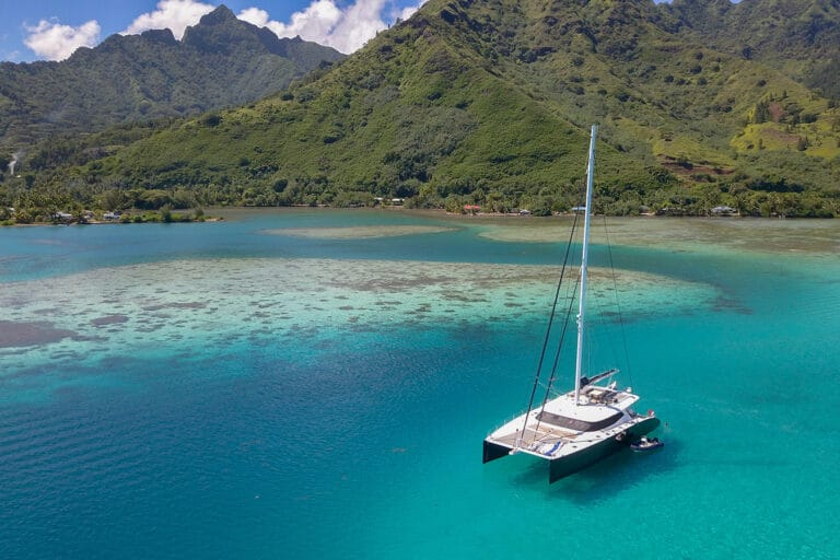 Luxury Catamaran LEVANTE - Pristine waters