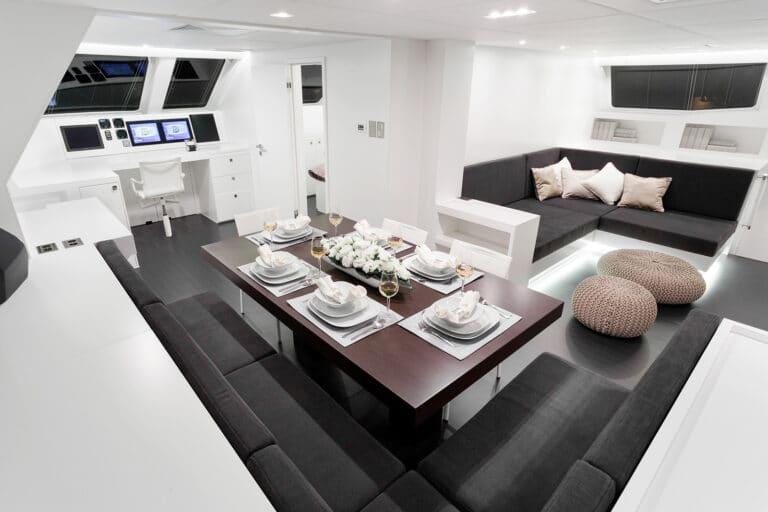 Luxury Catamaran LEVANTE - Dining space