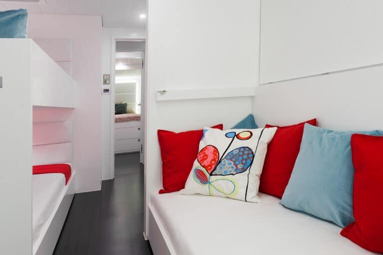 Luxury Catamaran LEVANTE - Bunk beds
