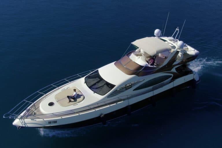 Luxury Motor Yacht MEDUSA cruising