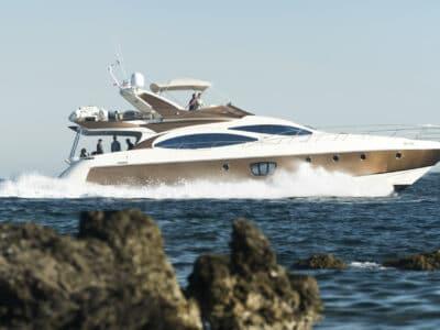 Luxury Motor Yacht MEDUSA Sailing
