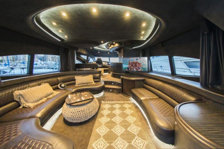 Luxury Motor Yacht MEDUSA Saloon