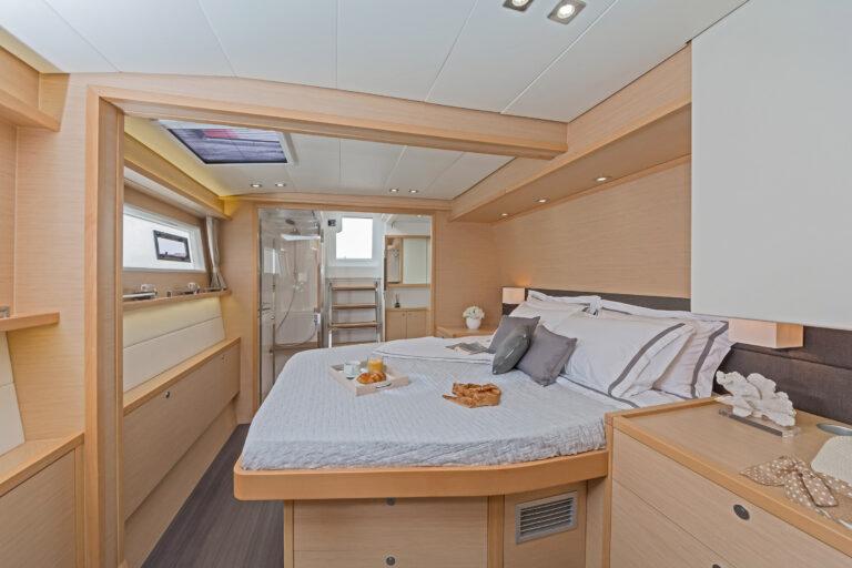 MELITI - Luxury Catamaran Master cabin