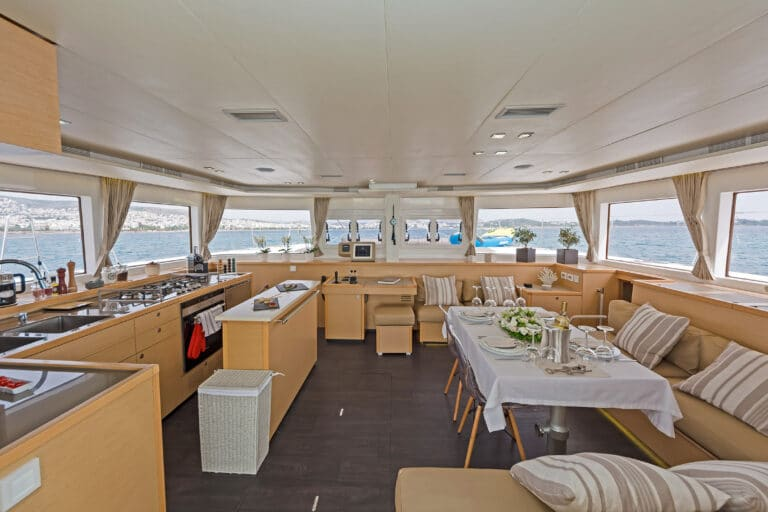 MELITI - Luxury Catamaran Dining spaces