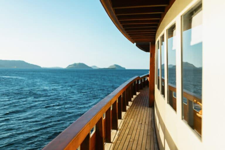 Mischief custom Phinisi Yacht - Starboard
