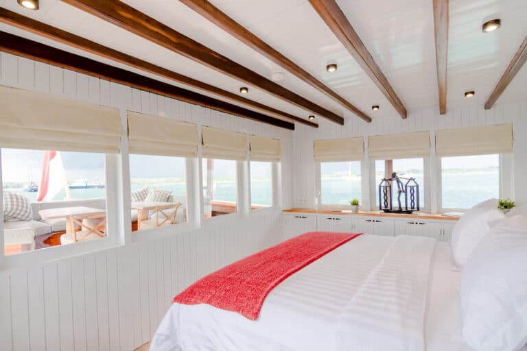 Mischief custom Phinisi Yacht - Master cabin side