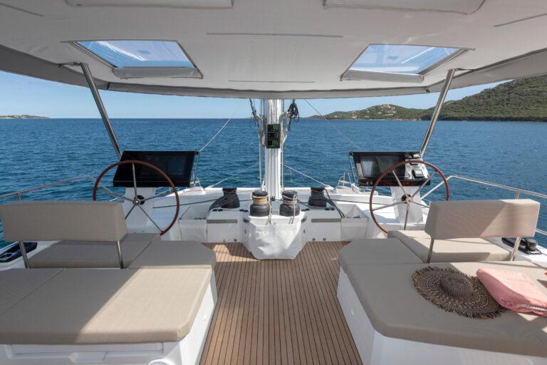 Luxury Catamaran NUMBER ONE - Cockpit