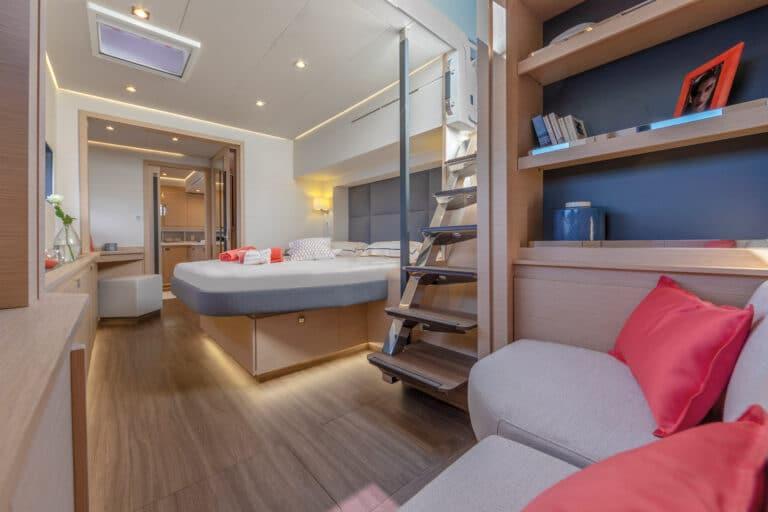 Luxury Catamaran NUMBER ONE - Master Cabin
