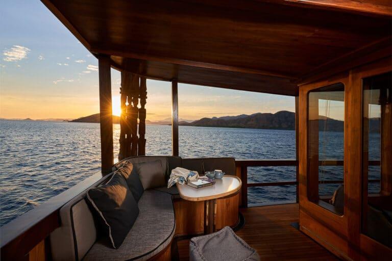 Luxury Phinishi Yacht ORACLE Cosy Corner