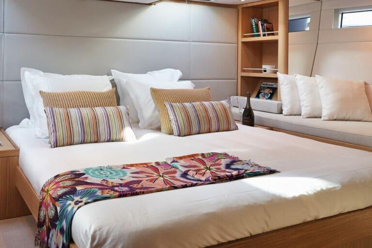 Sailing yacht PH3 master bedroom