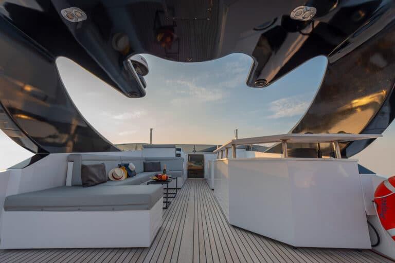 Luxury Motor Yacht PROJECT STEEL Aft deck
