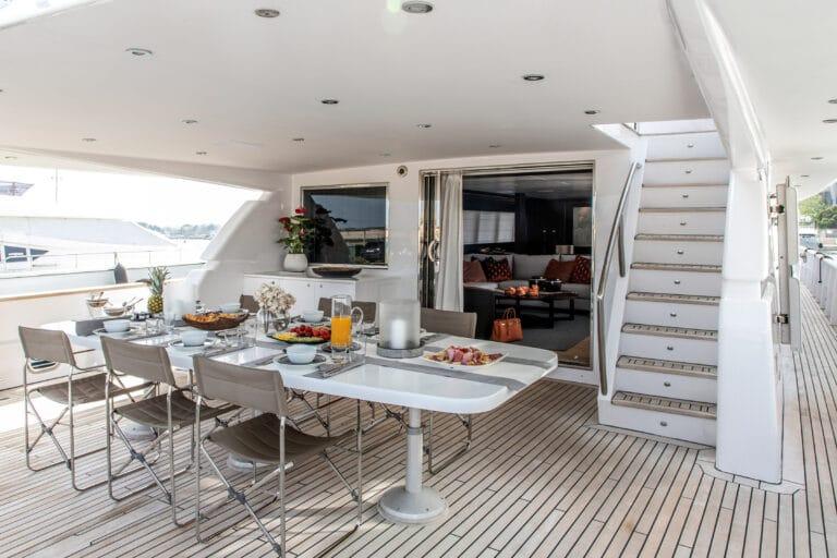 Luxury Motor Yacht PROJECT STEEL Deckspace dining