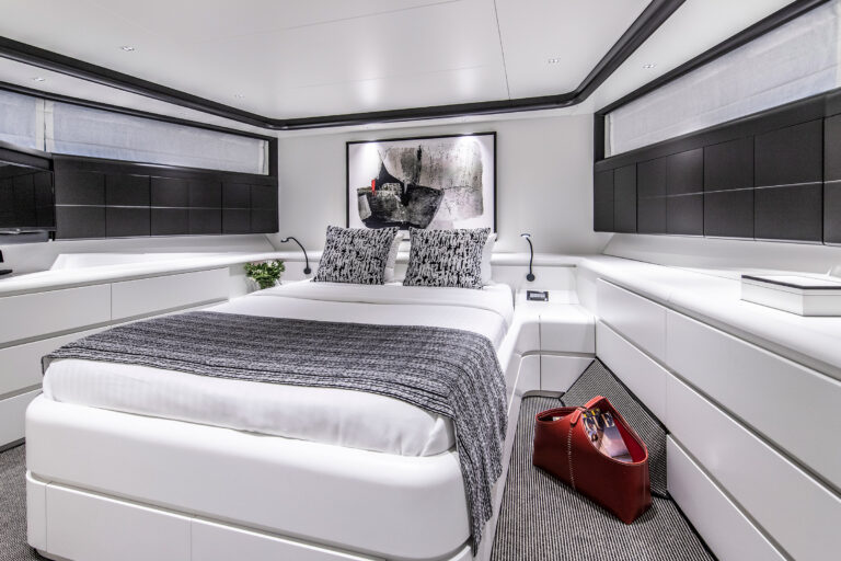 Luxury Motor Yacht PROJECT STEEL Queen cabin