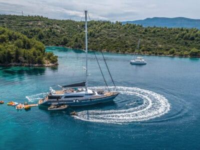 Luxury Motor Yacht SAN LIMI jetski