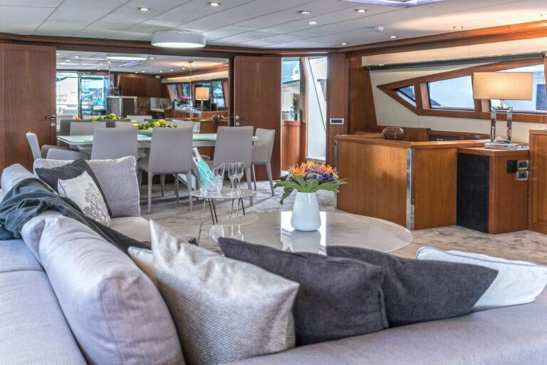 Luxury Motor Yacht SAN LIMI saloon