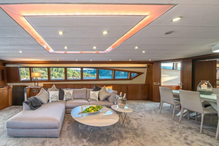 Luxury Motor Yacht SAN LIMI living space