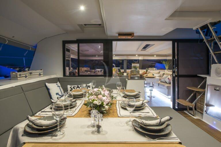 Luxury Yacht SEA ENERGY V - dining