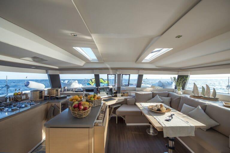 Luxury Yacht SEA ENERGY V - saloon