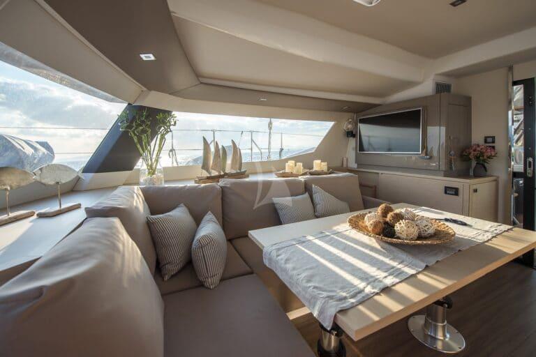 Luxury Yacht SEA ENERGY V - lounge