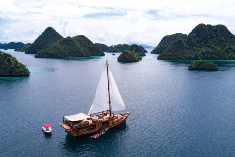 Luxury Yacht SEQUOIA at anchor