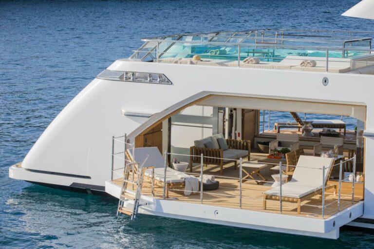 Beach Club Yacht San Lorenzo 52 SEVEN SINS convertible to Tender Garage lounge outdoor charter