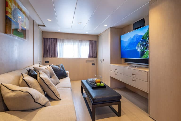 Luxury Motor Yacht SUMMER FUN tv lounge